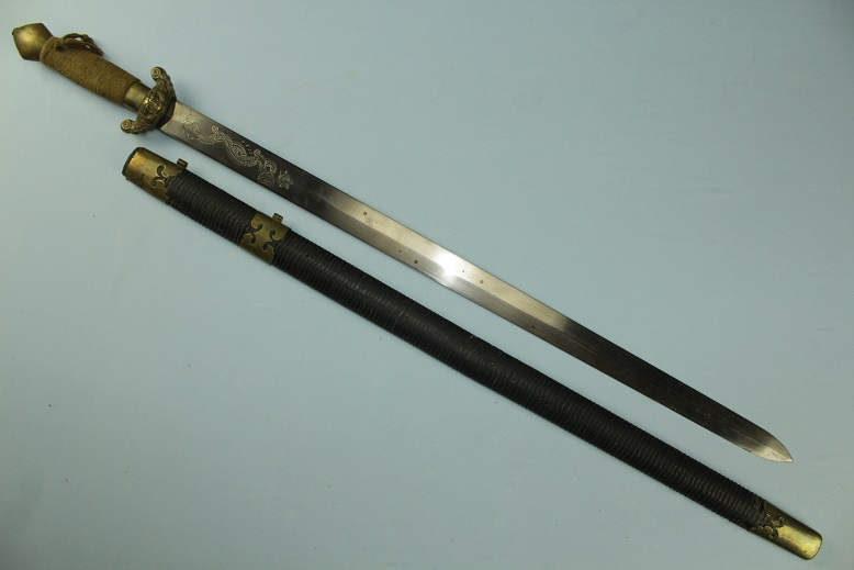 Chinese Sword Jian Dao Dadao sabre epee Fine heavy blade seven star inlay www.swordsantiqueweapons.com