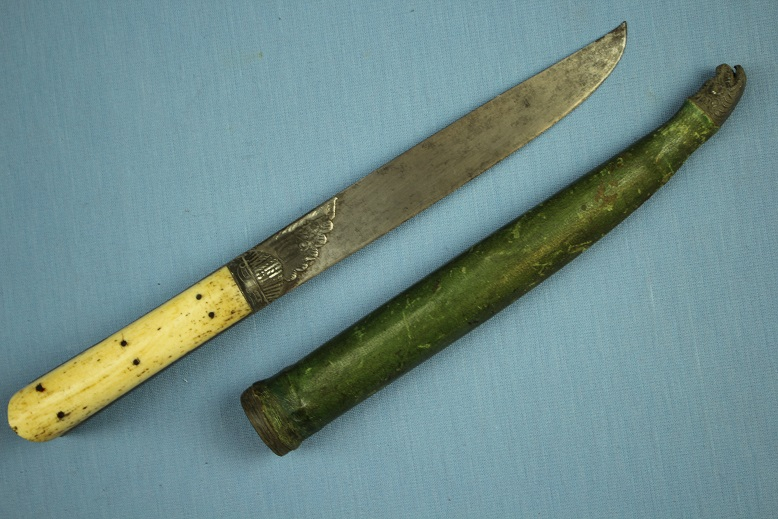 A good Crete knife late 19th Century www.swordsantiqueweapons.com