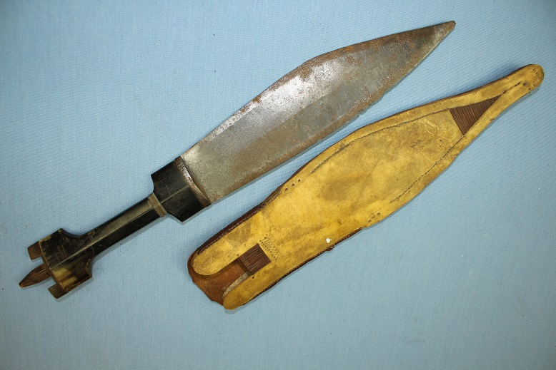Somali Billao horn hilt With sheath www.swordsantiqueweapons.com