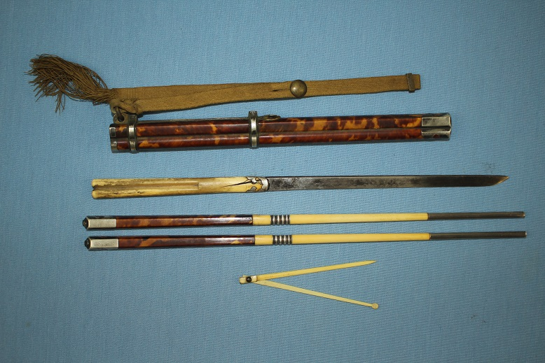 Trousse Chinese Qing QianLong Ching sabre saber sword Easting set A very rare example Very fine quality www.swordsantiqueweapons.com